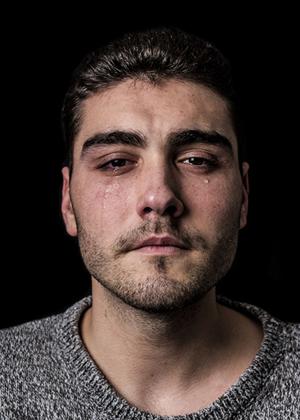 Фотопроект мужчины тоже плачут