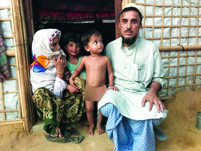 ملوبي ياسين مع والدته وطفليه | البيان