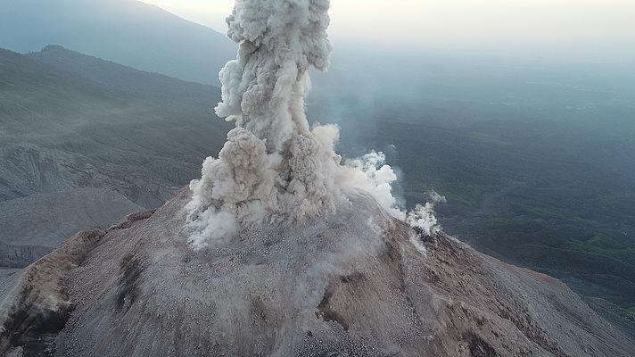 Picture of the Santa Maria volcano in Guatemala