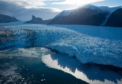 Analysis finds melting ice sheet affects a second thousands of miles away