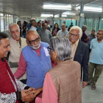 Ar. Vijay Garg welcoming Prof. B. V. Doshi