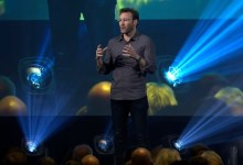 Photo of How We Combat Loneliness | Simon Sinek at Entreleadership 2019