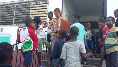Haïti – Orphelinat Saint François d'Assise fondé par Soeur Flora