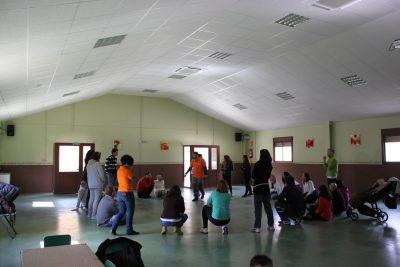Sala polivalente amplia