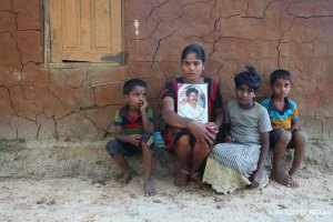 A widown in Sri Lanka.