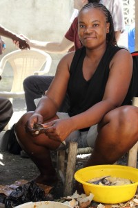 Meet Lizette - Each day of the week, Lizette cooks delicious food and sells it.  After seven years in business, she realized a loan could help her grow her business.  With the loan she was able to purchase other products and expand her small enterprise.  She has two children and both are able to attend school.