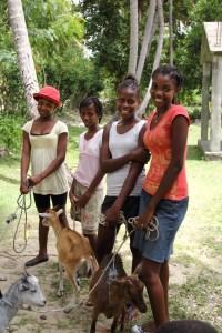 Manoucha and friends_Crabier Haiti_Hope to Kids 5012_6-13