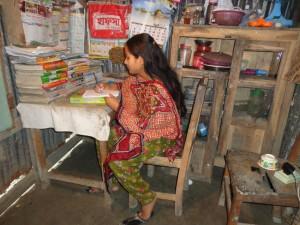 Ratna (Karima) studying