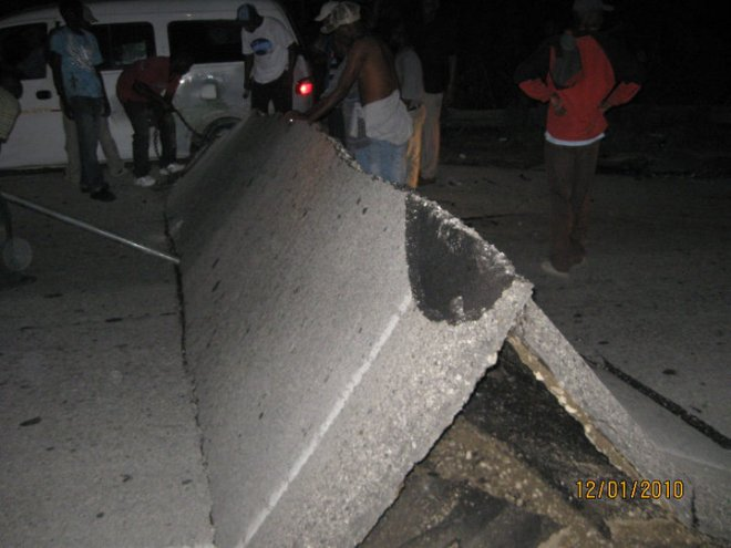 Buckled Concrete - Efanor's photo