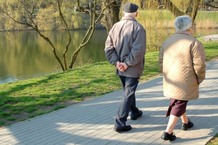 Staying active helps ward off Alzheimer's