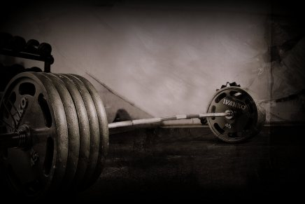 Weightlifting exercises and their derivatives, appropriate application across mesocycles – A webinar