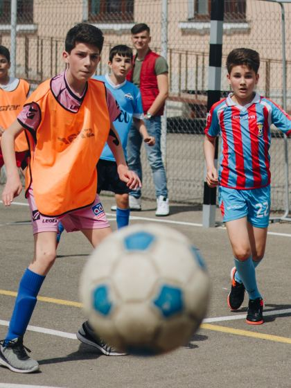 Is physical activity enough to offset the effects of deprivation on children's health?