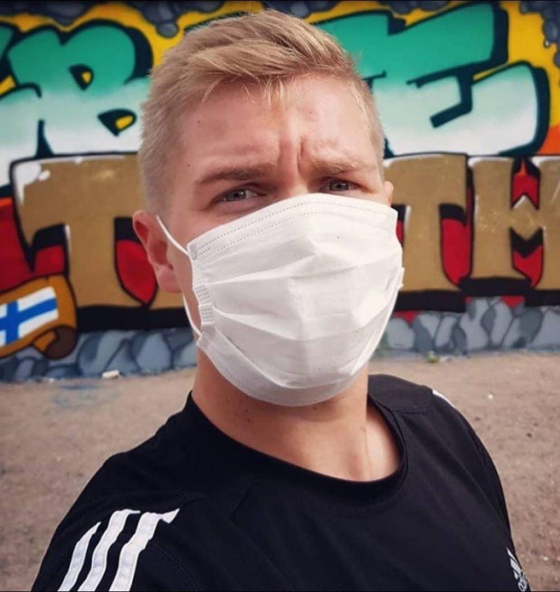 Otto Toivainen ja VSK-graffiti.
