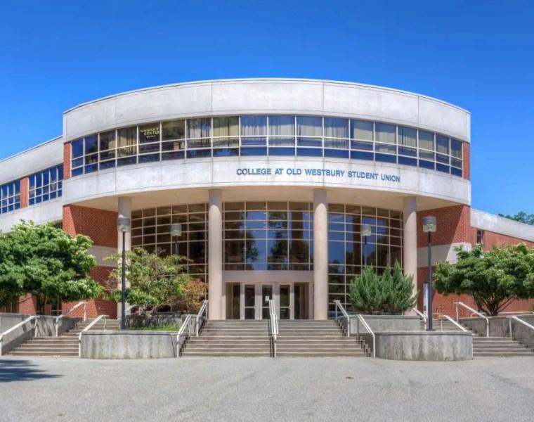 SUNY Old Westbury Campus