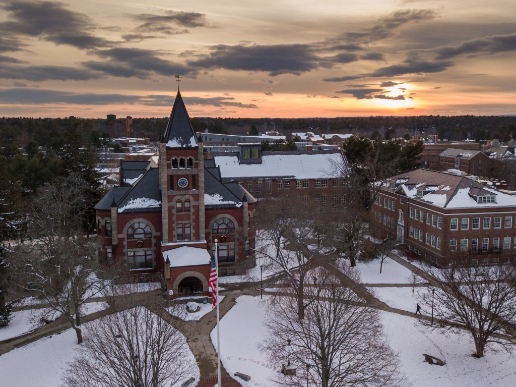 University of New Hampshire winter season