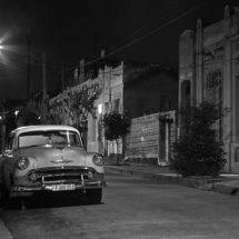 Car at night (Cienfuegos)