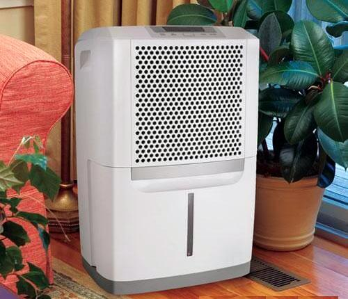 Image of Frigidaire 70 pints dehumidifier