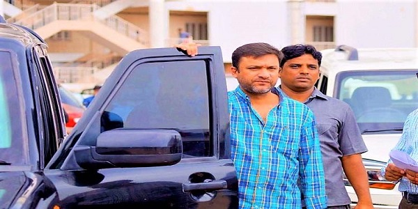 hyderabad-local-court-order-case-to-be-registered-against-akbaruddin-owaisi-1