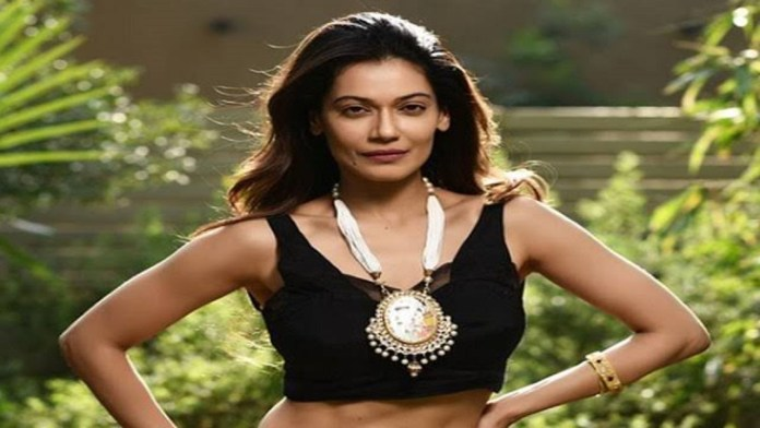actress-payal-rohtagi-arrested-by-rajasthan-police-1