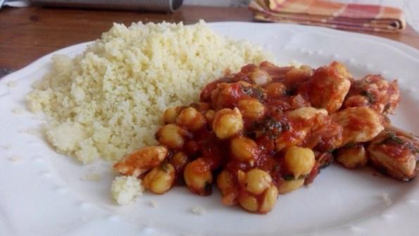 Semoule aux pois chiches et à la tomate