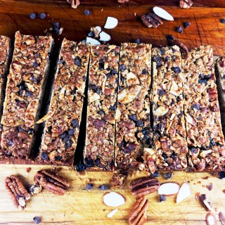 Homemade Chocolate-Cherry-Pecan Granola Bars