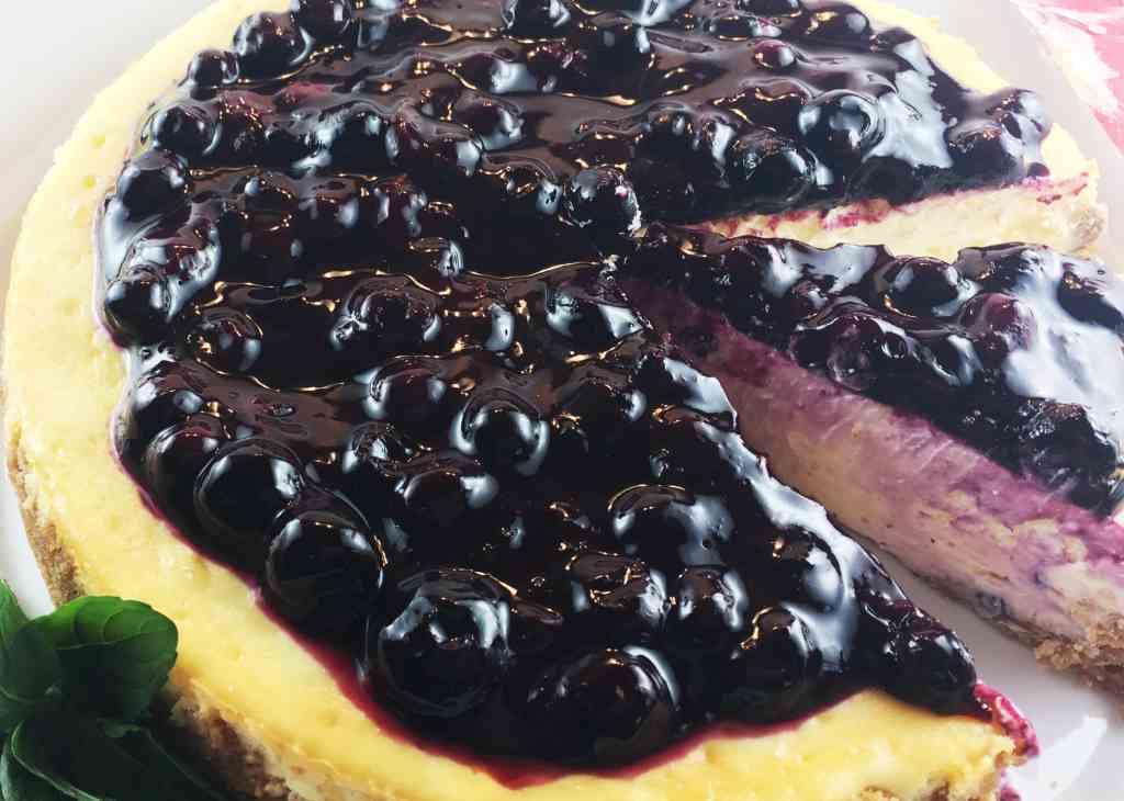 Lemon Cheesecake Blueberry Sauce