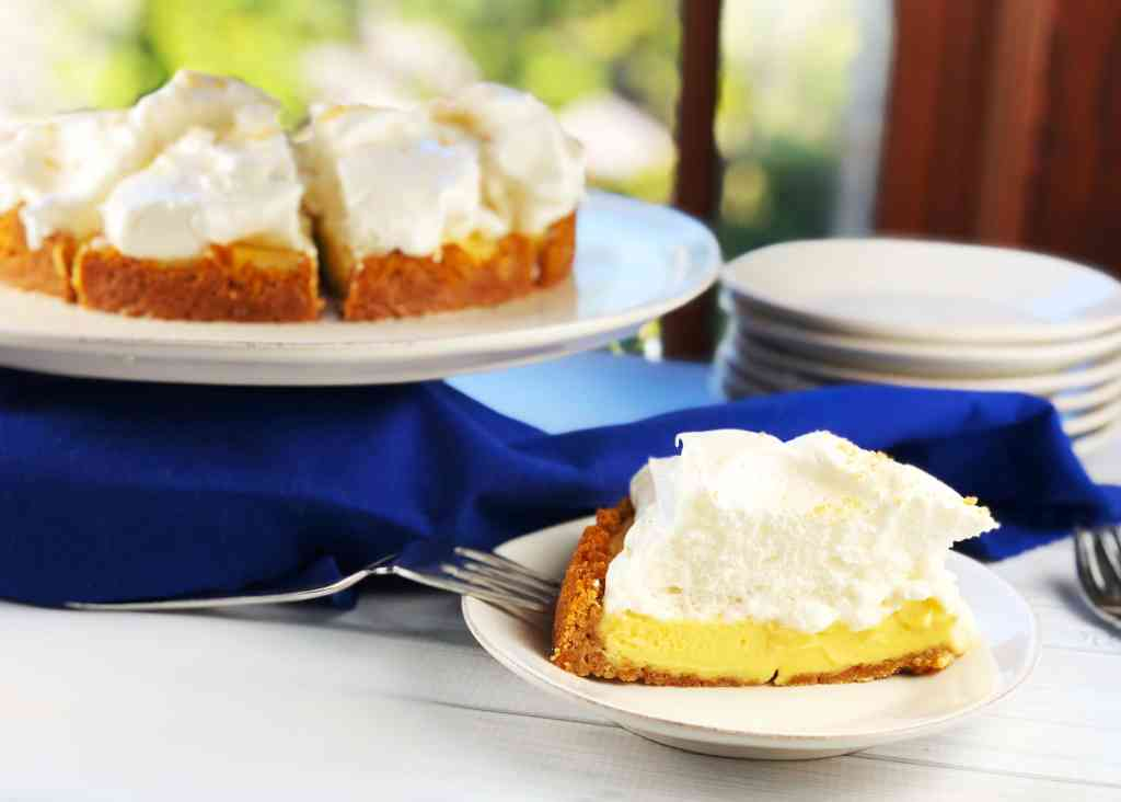 Key Lime Tart with Fluffy Meringue