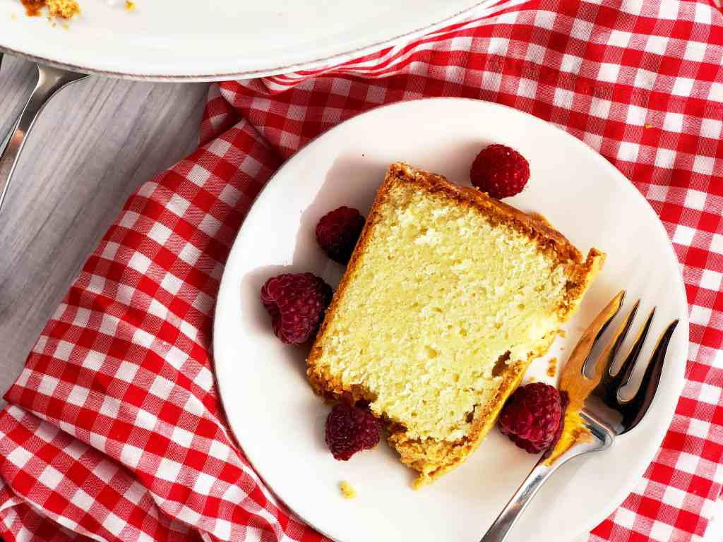 Cold Oven Cream Cheese Poundcake