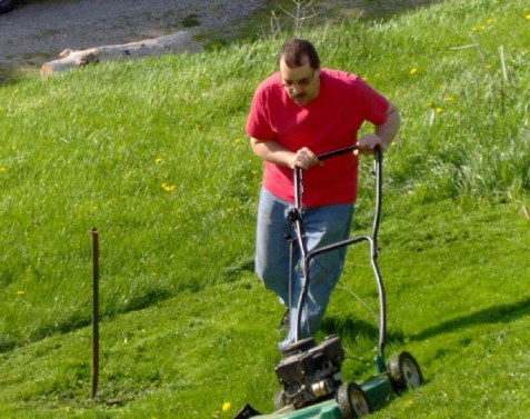 The conservative lawn mower in action. Notice I'm staying centrist.