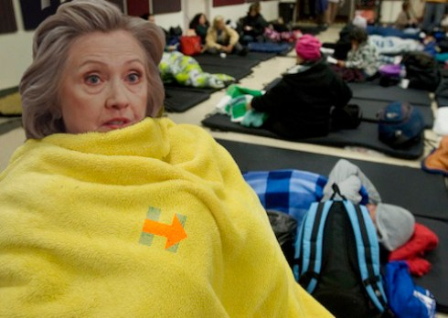Democratic U.S. presidential candidate and former Secretary of State Hillary Clinton addresses the homeless in shelters.  Photo: Archives.