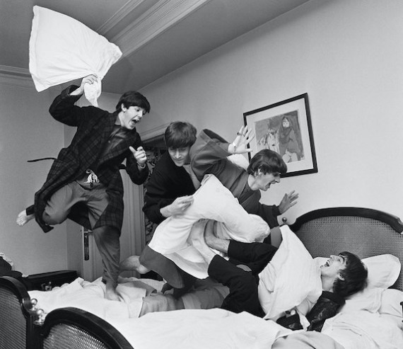 Pillow talk or pillow fight