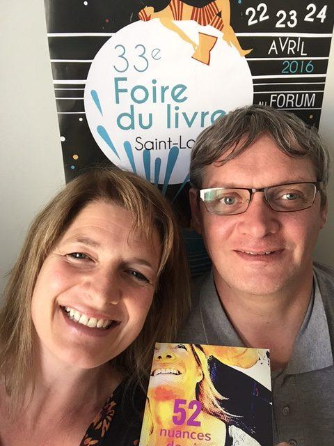 Vincent Delabia gagnant du concours à la 33ème Foire du livre de Saint-Louis
