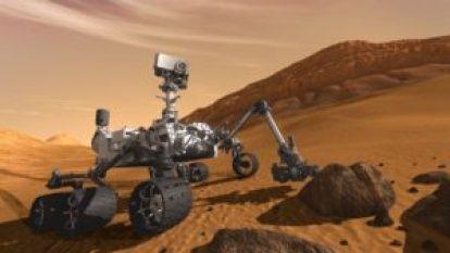 مریخ کے صحرا میں پھرتا ہوا امریکی مارس روور