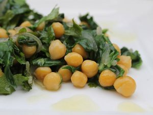 Chickpeas-spinach-salad3