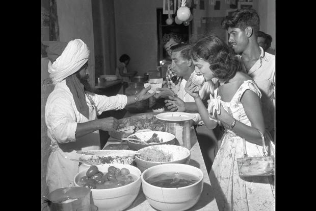 """""""מלך הפלאפל"""", פינסקר תל-אביב 1958"""