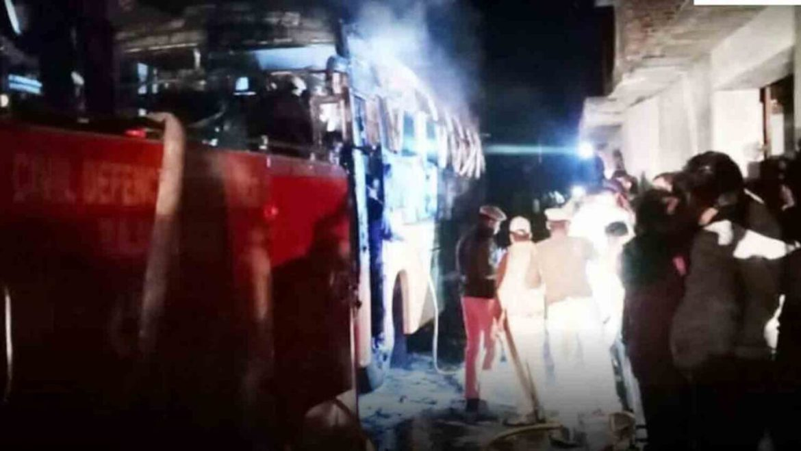 6 Die burned alive in bus accident in Jalore