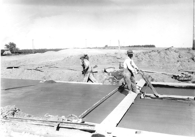 Road Paving in the 1930s
