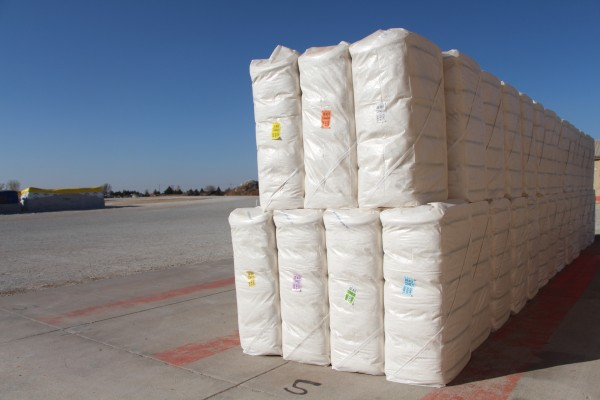cotton bales ready for shipping