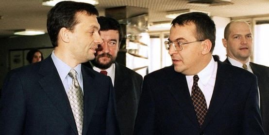 A much young Viktor Orbán and Lajos Simicska on their only picture together