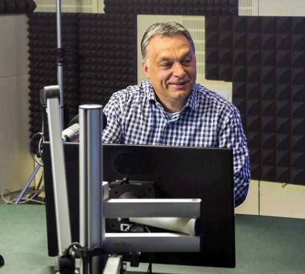 Viktor Orbán in the studio / MTI