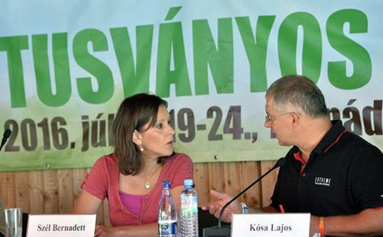 Bernadett Szél and Lajos Kósa discussing the migrant issue