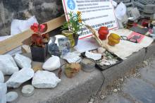 """""""And look into your eyes"""": mirror, mourning stones and Holocaust mementos at the memorial."""