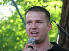 64 Counties Youth Movement President Lászó Toroczkai speaks at annual Treaty of Trianon protest (6/13/2009).