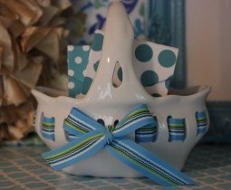 """7""""x7"""" Ceramic Bow Basket $14.50 Click here to BUY"""