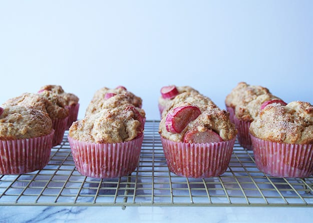 Rhubarb Ginger Muffins | hungrybynature.com