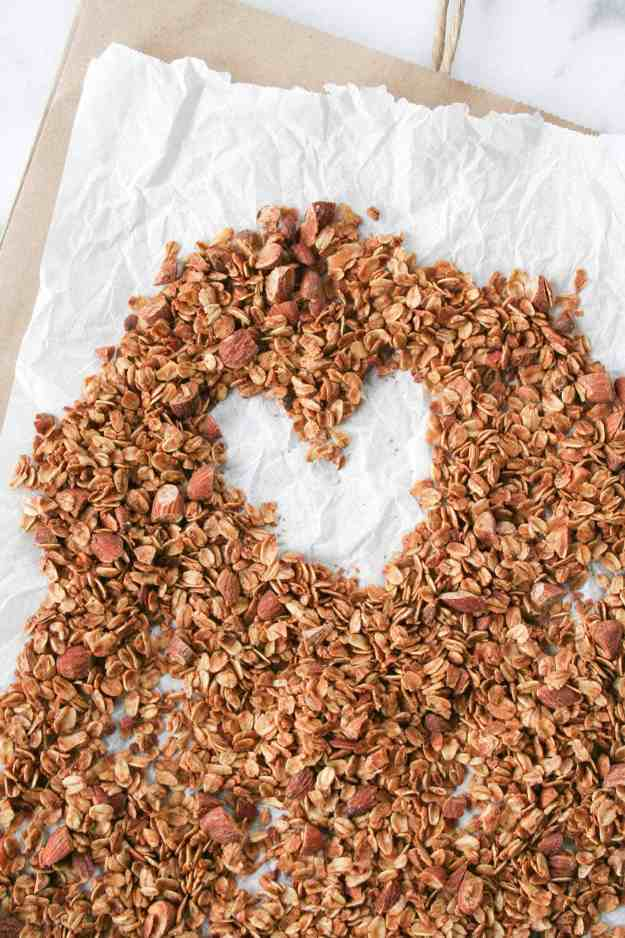 Simple chai spiced granola has all of the flavors of fall - use this granola to top your smoothies, yogurt, or eat as cereal! | hungrybynature.com