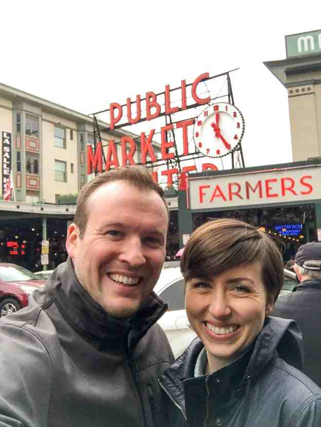 A long weekend getaway to Seattle isn't complete without lots of rain, a trip to Pike Place Market, the Starbucks Roastery, and a hike up Rattlesnake Ridge. | hungrybynature.com