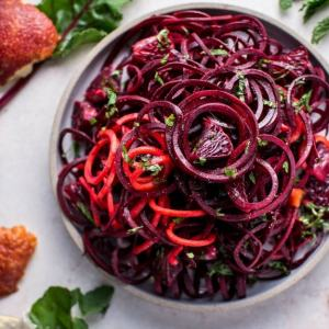 http://www.saltandlavender.com/spiralized-raw-beet-salad-blood-oranges/