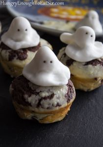 These individual, chocolaty brownies have a cream cheese layer... and a spooky visitor!
