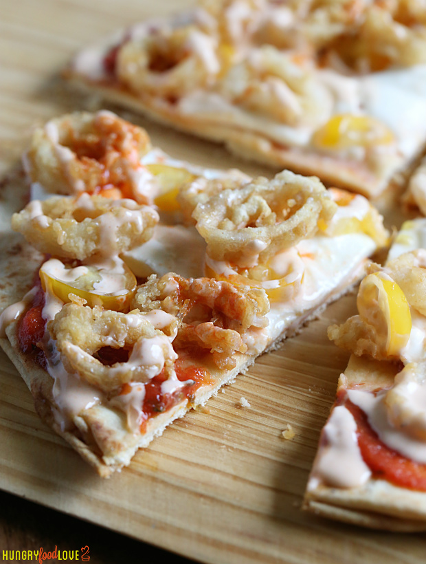 Spicy Garlic Aioli Calamari Pizza   |   @hungryfoodlove.com